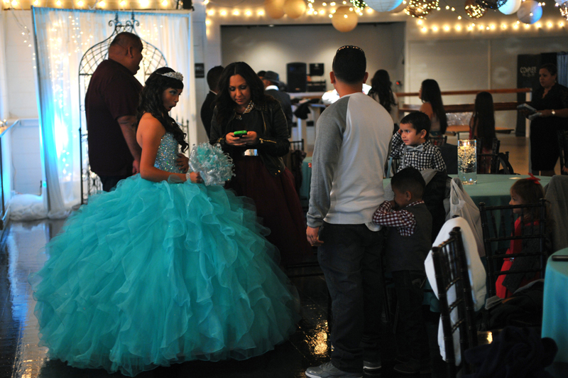 quinceanera celebration - banquet hall - 7220